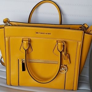 Michael Kors Satchel Handbag Colette Yellow Zip